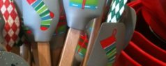 Gifts for Food Lovers: Holiday Mini Spatulas